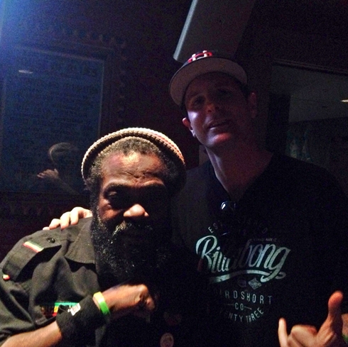 Headshine backstage with Aston Barrett from The Wailers
